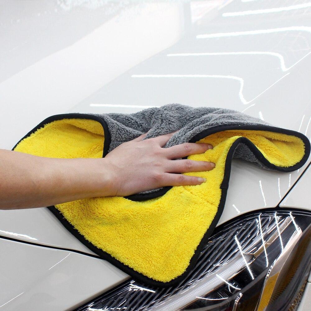 SOFTHERO - extra weiches Mikrofasertuch für dein Auto