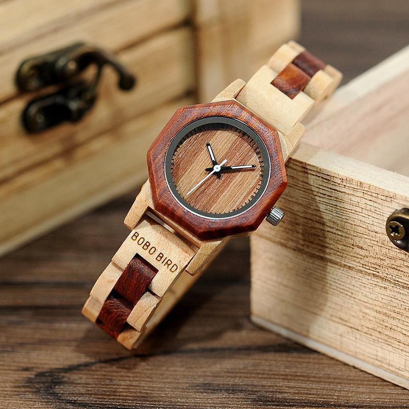 OCTAGON - Die etwas andere Holz-Uhr